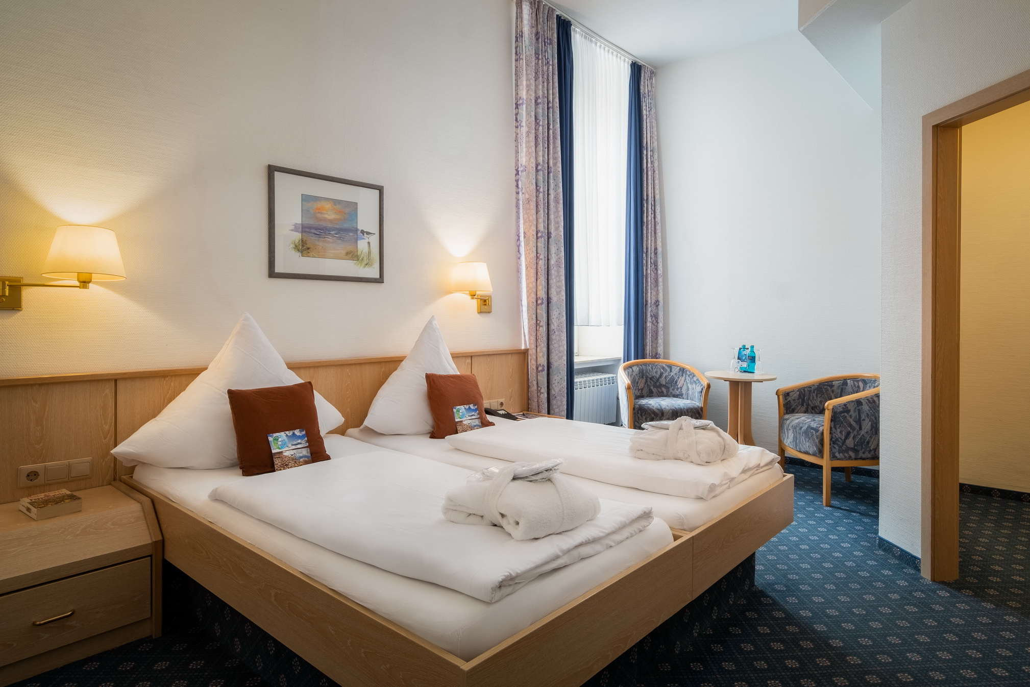 Double room small inner courtyard